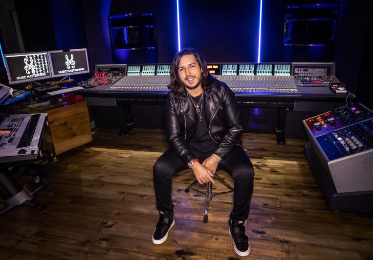 Alex J on SoundBetter