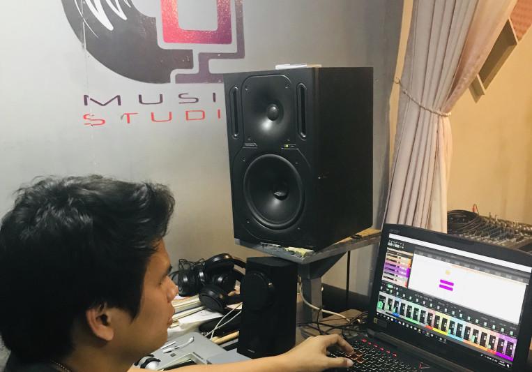 James Reyes on SoundBetter