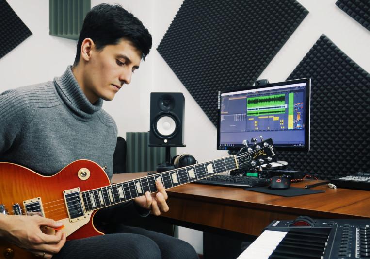 Ruslan Zhurbin on SoundBetter