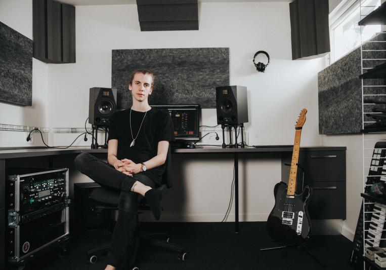 Silver Sun Studios on SoundBetter