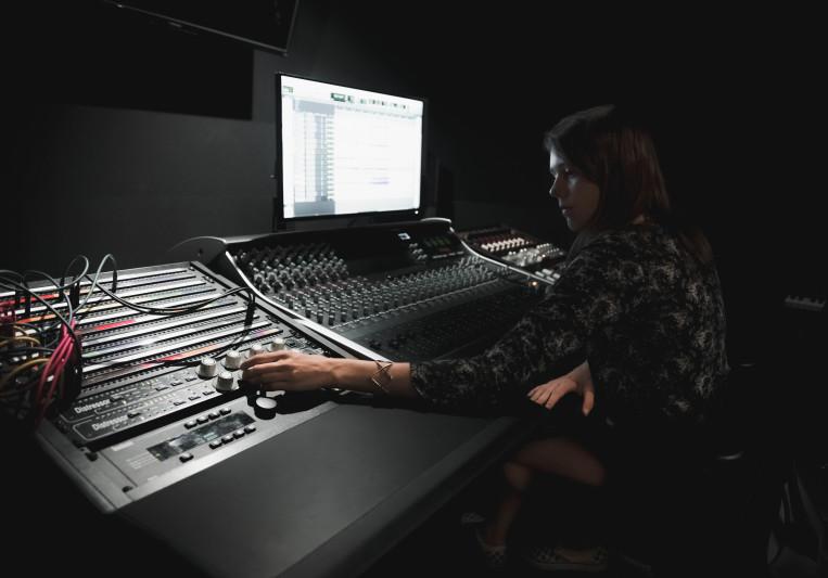 Mariana Hutten on SoundBetter