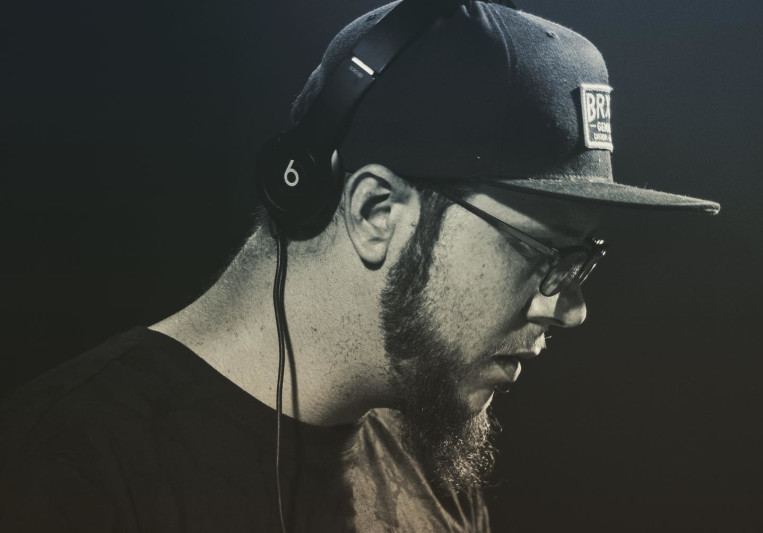 DJ L33'BIRD on SoundBetter