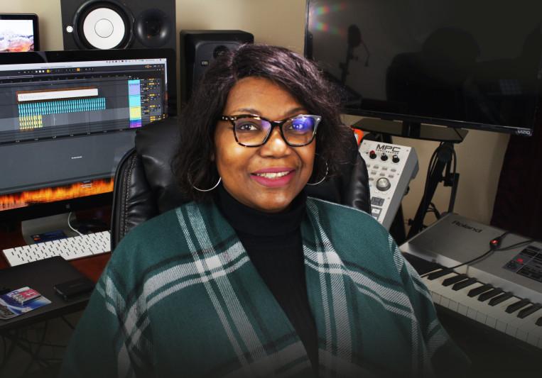 Debbie On Keyz on SoundBetter
