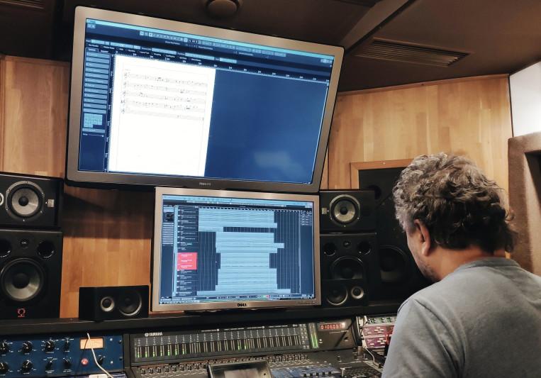 Oleg Chechik on SoundBetter