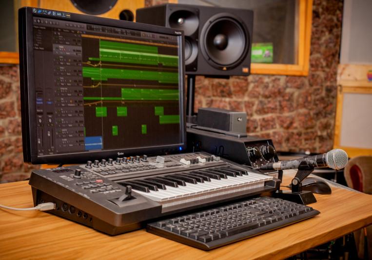 Inache Pro on SoundBetter