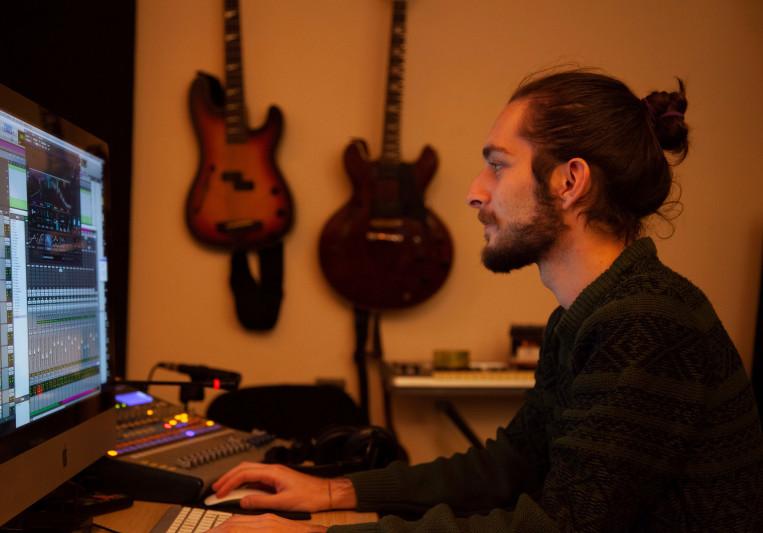 Lasha Ugulava on SoundBetter