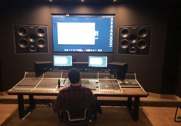 Andy Zoutr on SoundBetter