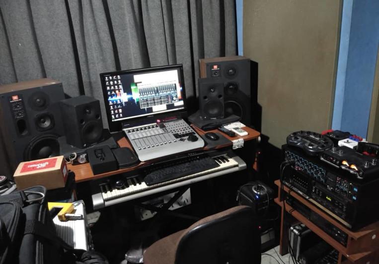 Producciones Newball on SoundBetter