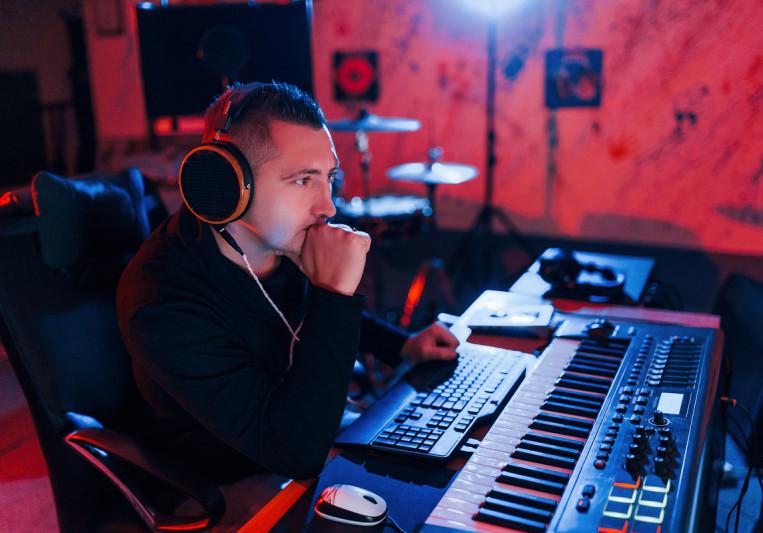 Lux Sound on SoundBetter