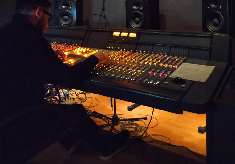 Lian Productions on SoundBetter