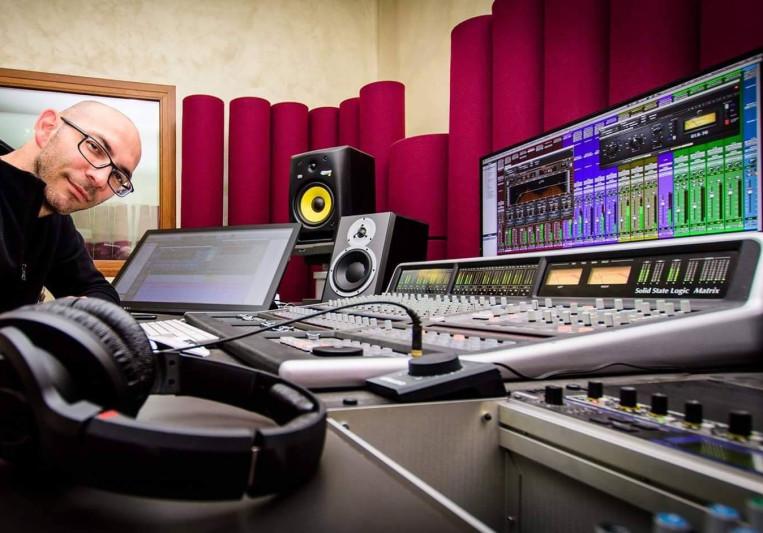 Mic Roussos on SoundBetter
