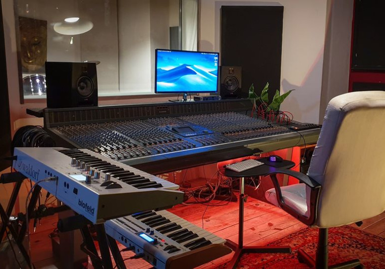 City Studios Lisboa on SoundBetter