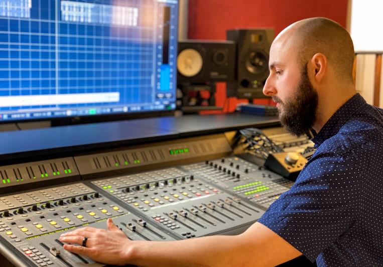 Daniel Busche on SoundBetter