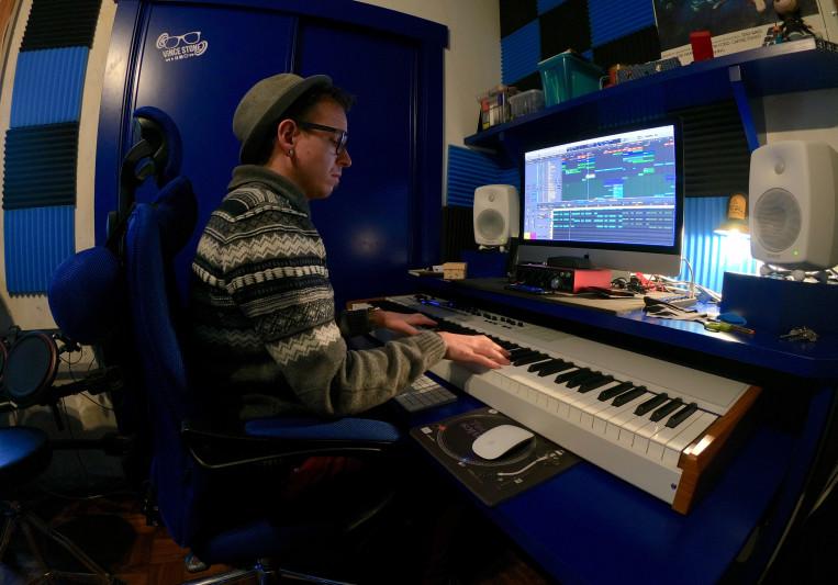 Vince Stone on SoundBetter