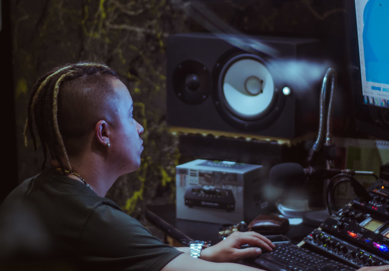Dnova G. on SoundBetter