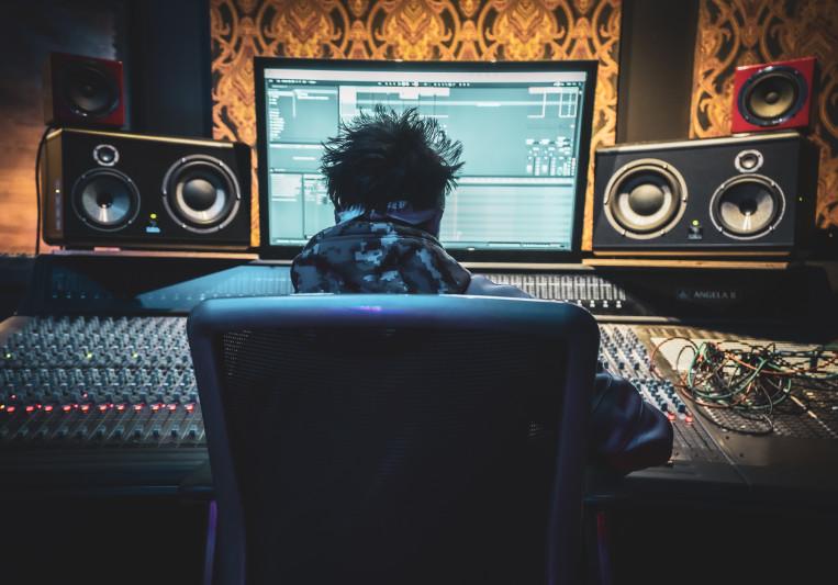 Ethan Camarata on SoundBetter