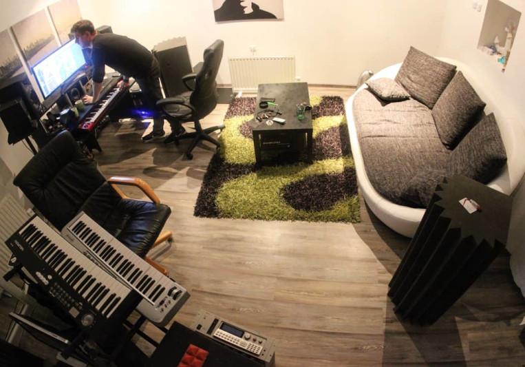 Dino Mileta / Siya Studios on SoundBetter