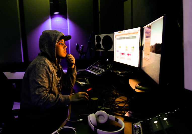 JDMakesNoise on SoundBetter