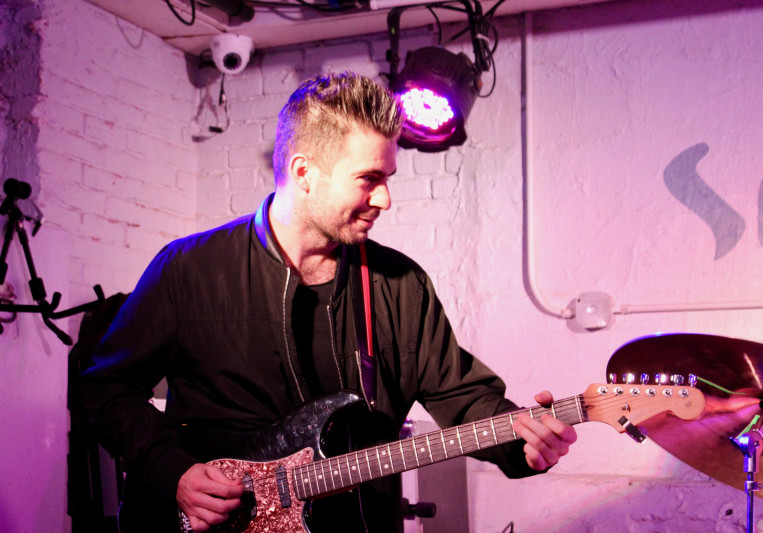 Marc Malsegna Guitar on SoundBetter