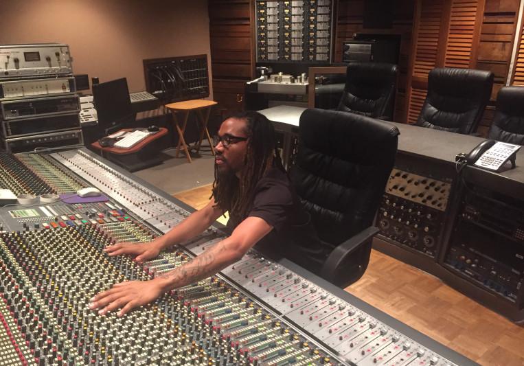 Paradoxtheproducer on SoundBetter