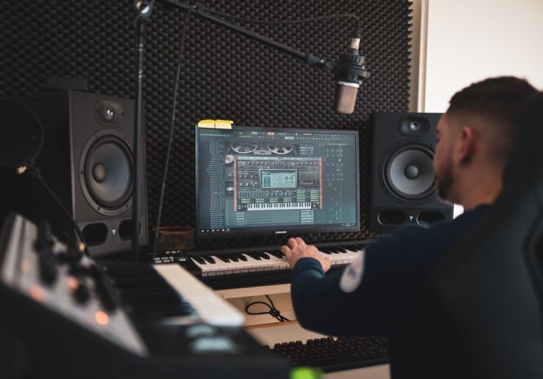 Montupalaprod on SoundBetter