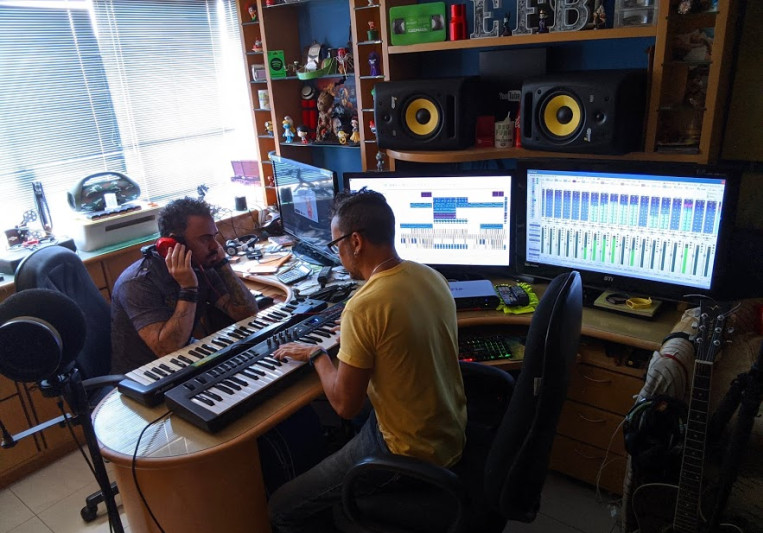EFB DEEJAYS on SoundBetter