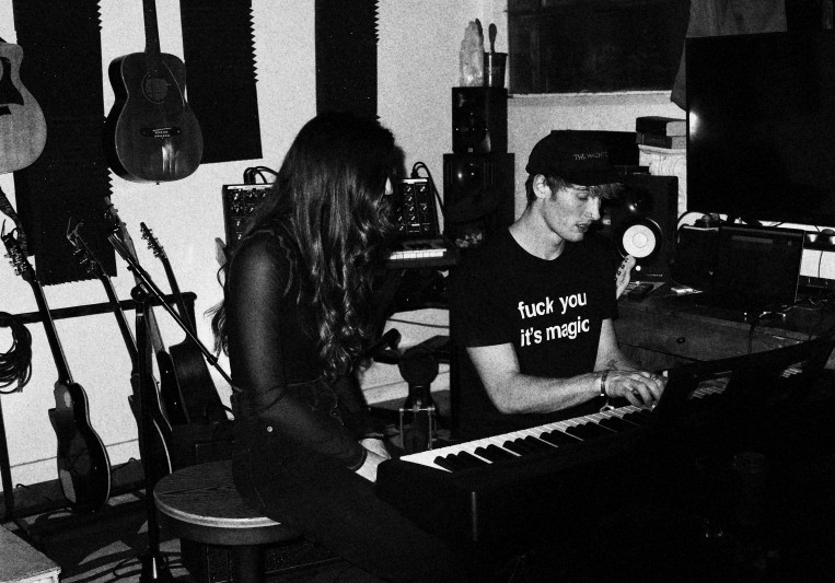 Fractal City Studios on SoundBetter