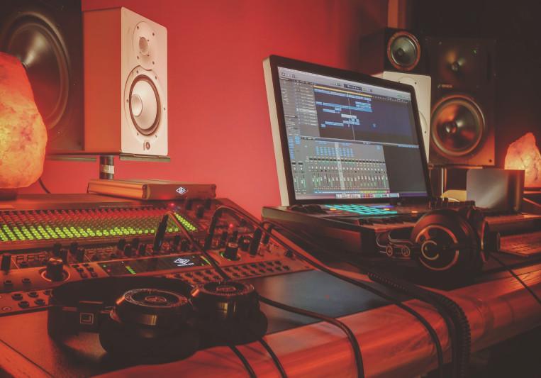 Dyco Studios on SoundBetter