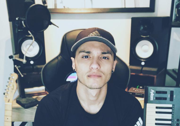 Ej R. on SoundBetter