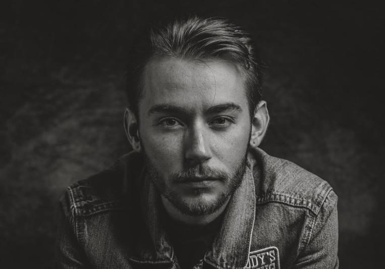 Elijah Newman on SoundBetter