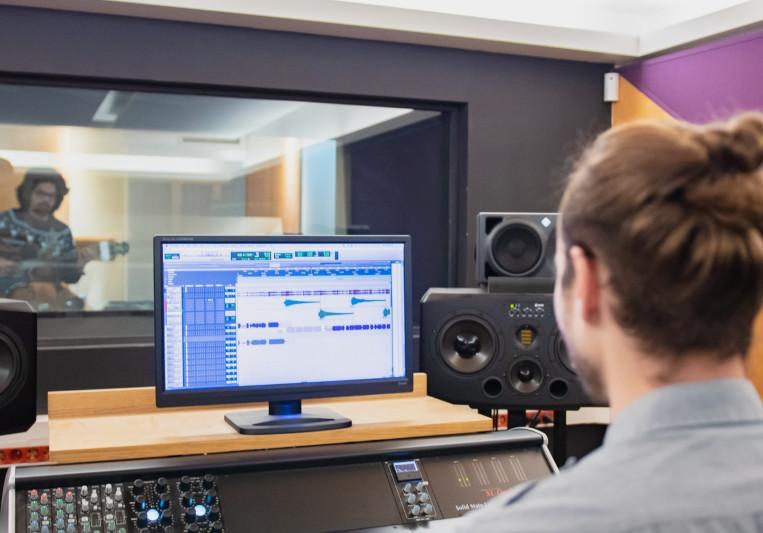 Jean Boroni on SoundBetter