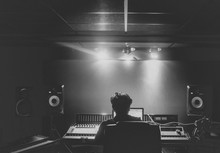 CJ on SoundBetter