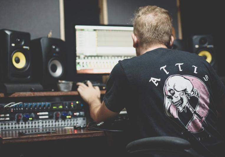 Sleepy Panda Studios on SoundBetter