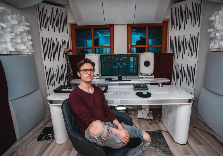 Tobias (Toby Vice) on SoundBetter
