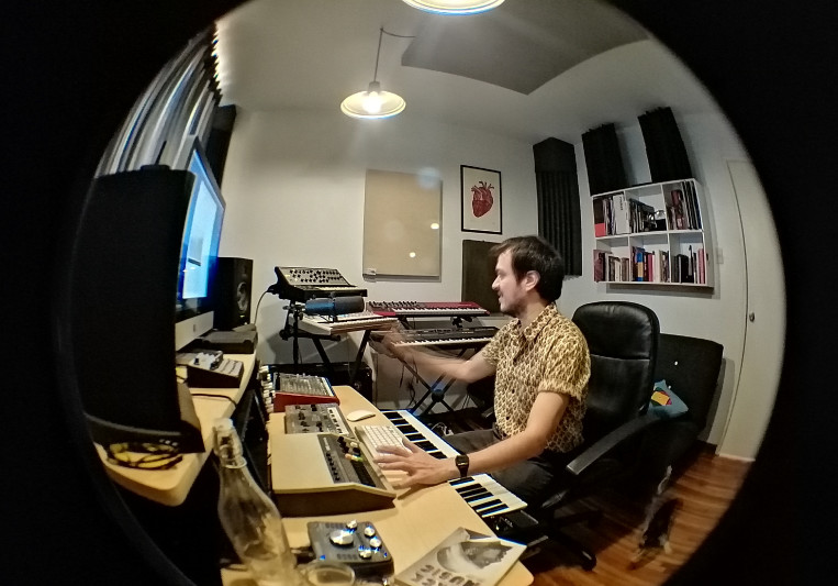 Uriel Ohm on SoundBetter