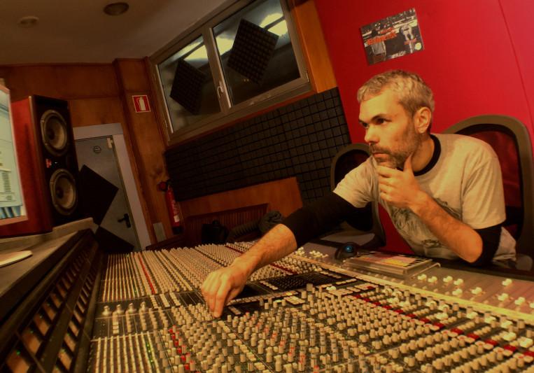 2noisy estudio on SoundBetter