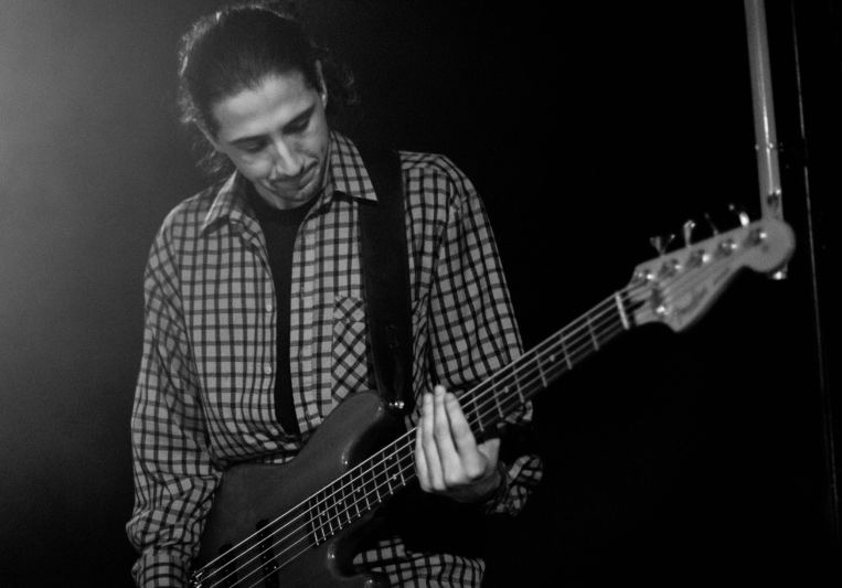 Evden Dimitrov Session bassist on SoundBetter