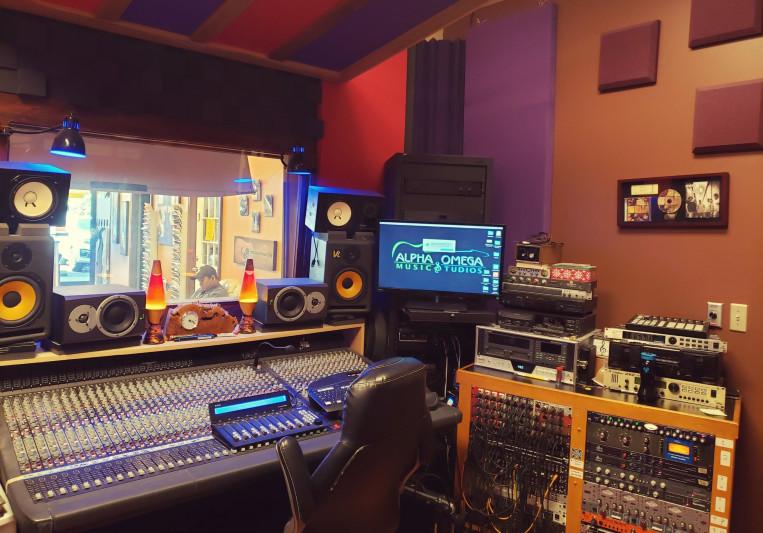 Alpha Omega Music Studios on SoundBetter