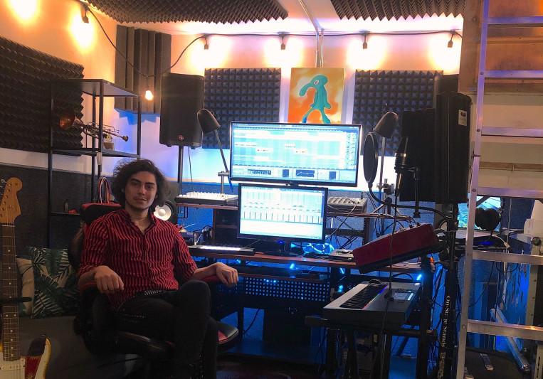 PRNDL (Adam Rochelle) on SoundBetter