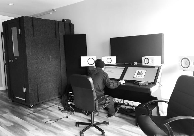 Vic on SoundBetter