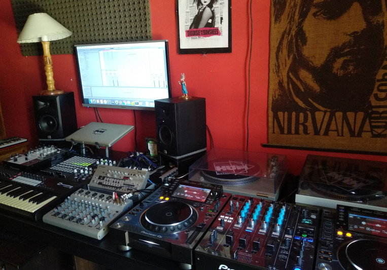 Hum Estudio on SoundBetter
