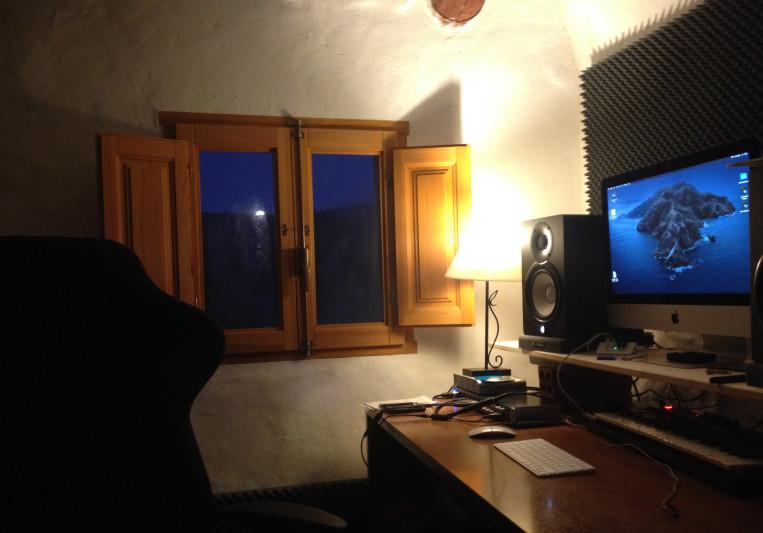 Elephant Head Productions on SoundBetter