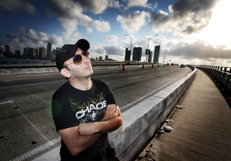 Laurent Simeca on SoundBetter