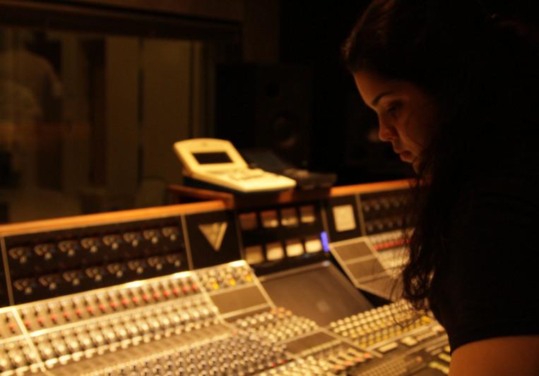 Silvia Padron on SoundBetter