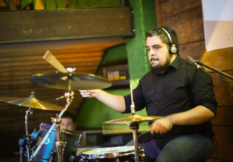 Mika Nascimento Baterista on SoundBetter