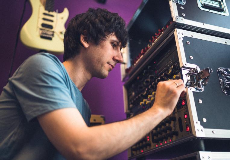 Alexander Poznyak on SoundBetter