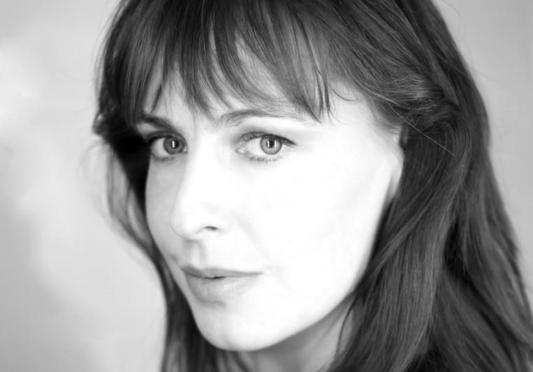 Amanda Lyon on SoundBetter