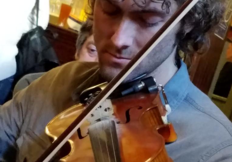 Neil Fitzgibbon Fishtyfiddles on SoundBetter