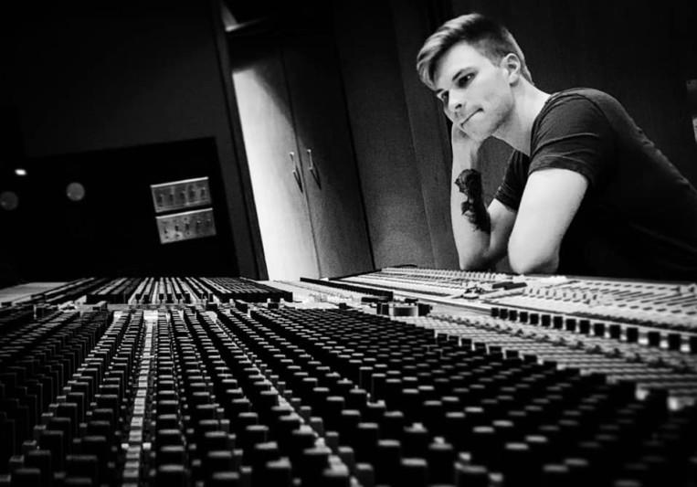Dan Toth on SoundBetter
