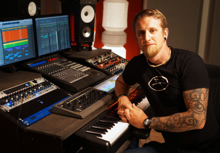 Green Engine Studio on SoundBetter